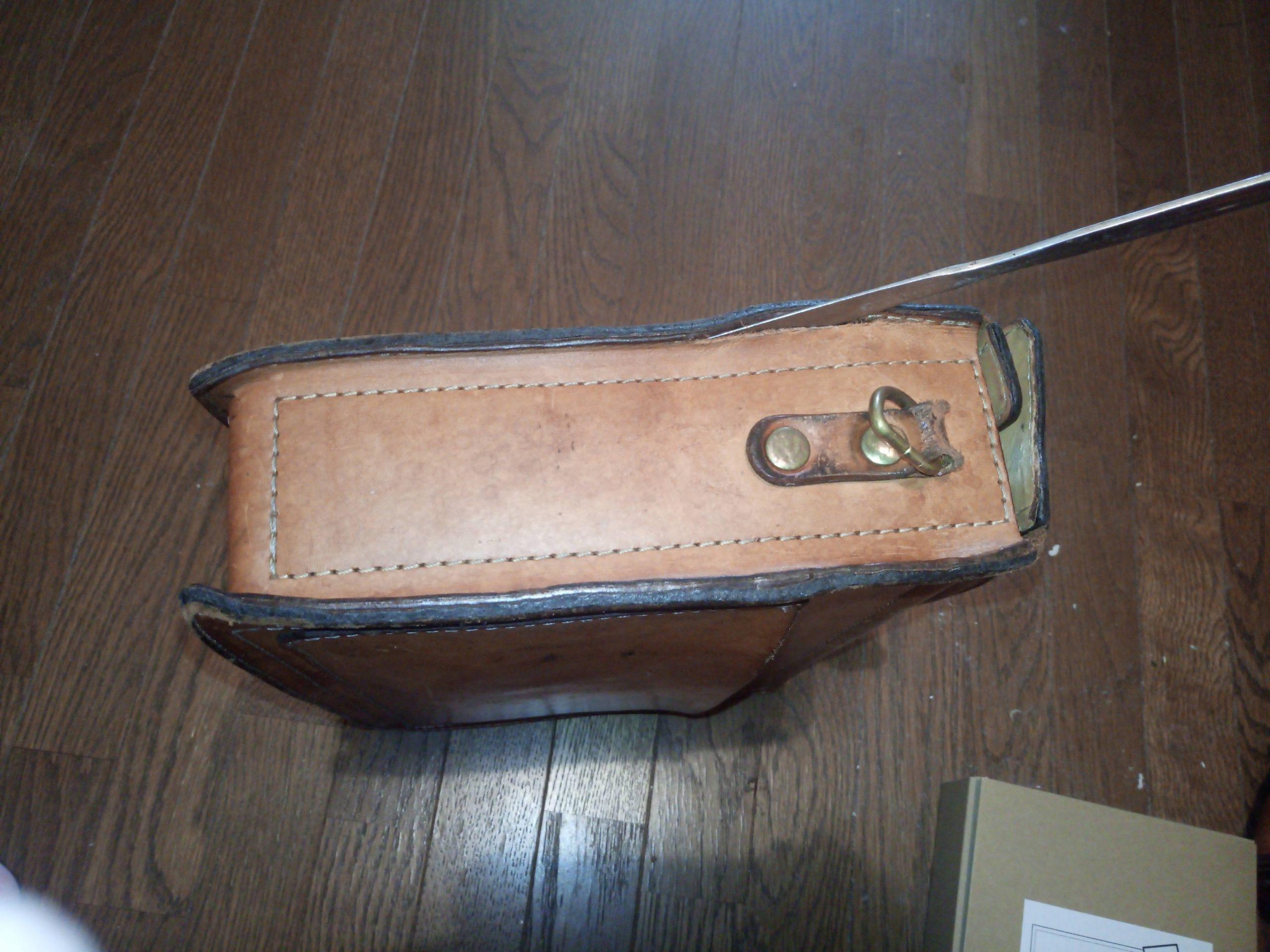 鞄修理・修理前2